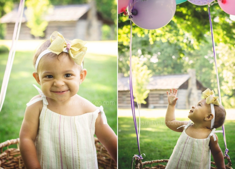 one-year-girl-session-balloon